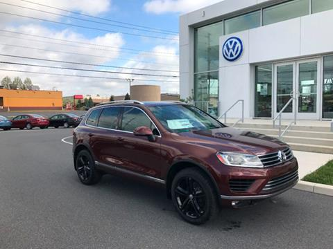 2017 Volkswagen Touareg for sale in Lancaster, PA