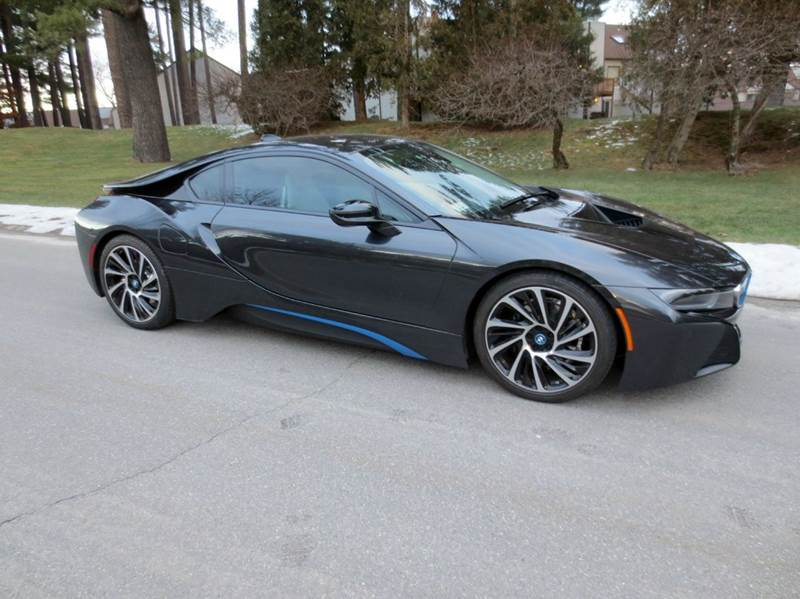 2015 BMW i8 for sale at Classic Motor Sports in Merrimack NH