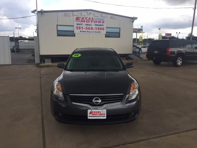 2009 Nissan Altima for sale at Excel Motors in Houston TX
