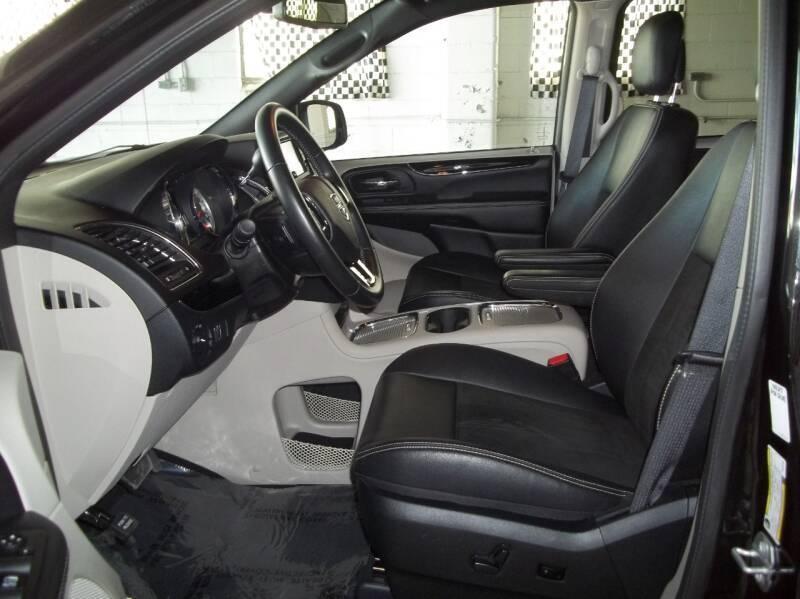 2019 Dodge Grand Caravan SXT 4dr Mini-Van - Albion NE