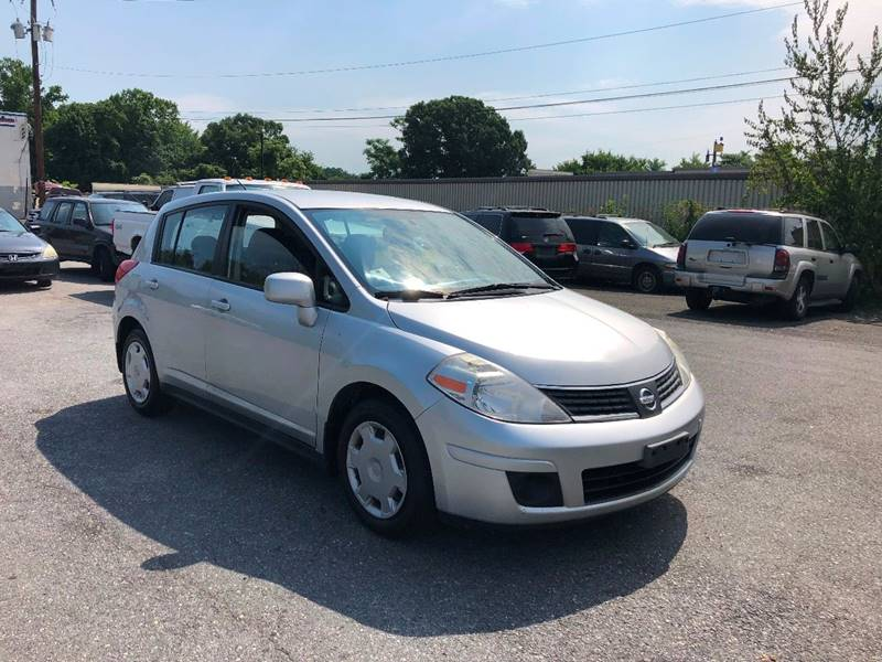 2007 nissan versa 1 8 s 4dr hatchback 1 8l i4 4a in suitland md m a d e motors. Black Bedroom Furniture Sets. Home Design Ideas