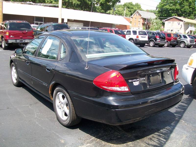 2004 Ford Taurus SES 4dr Sedan w/Duratec - Rock Island IL