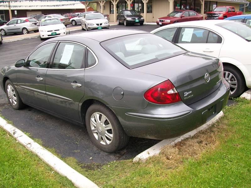 2005 Buick LaCrosse CX 4dr Sedan - Rock Island IL