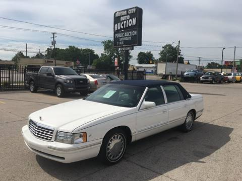 1997 Cadillac DeVille for sale in Fraser, MI