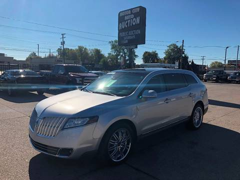 2010 Lincoln MKT for sale in Fraser, MI