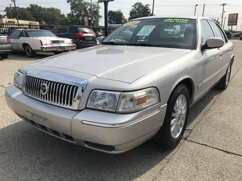 2009 Mercury Grand Marquis for sale in Fraser, MI