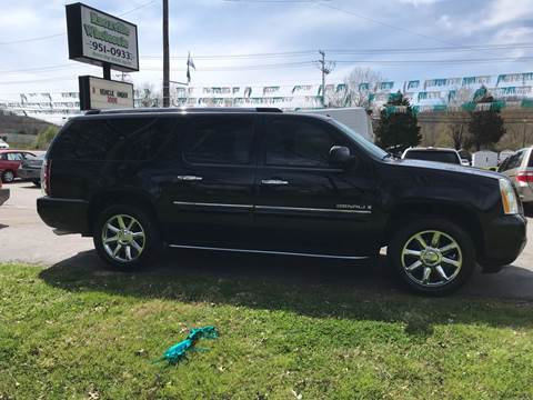 2007 GMC Yukon XL for sale at Knoxville Wholesale in Knoxville TN
