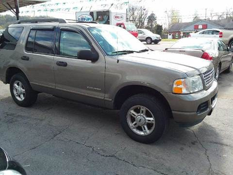 2005 Ford Explorer for sale at Knoxville Wholesale in Knoxville TN
