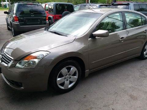2008 Nissan Altima for sale at Knoxville Wholesale in Knoxville TN