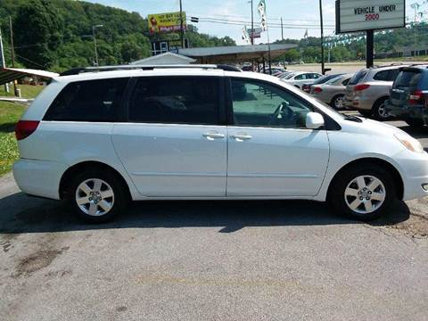 2005 Toyota Sienna for sale at Knoxville Wholesale in Knoxville TN