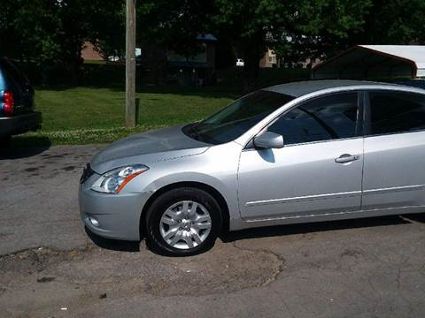 2011 Nissan Altima for sale at Knoxville Wholesale in Knoxville TN
