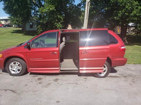 2002 Dodge Grand Caravan for sale at Knoxville Wholesale in Knoxville TN