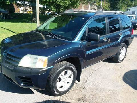 2004 Mitsubishi Endeavor for sale at Knoxville Wholesale in Knoxville TN