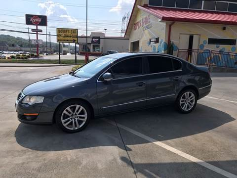 2009 Volkswagen Passat for sale at Knoxville Wholesale in Knoxville TN