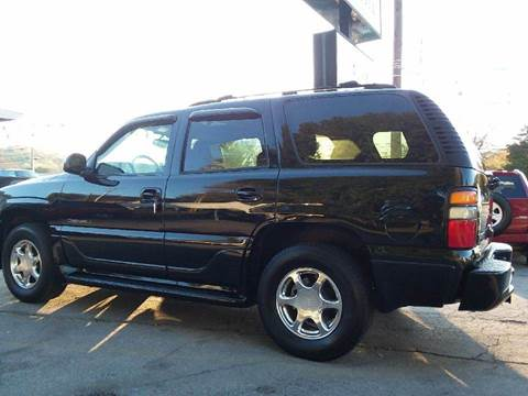 2004 GMC Yukon for sale at Knoxville Wholesale in Knoxville TN