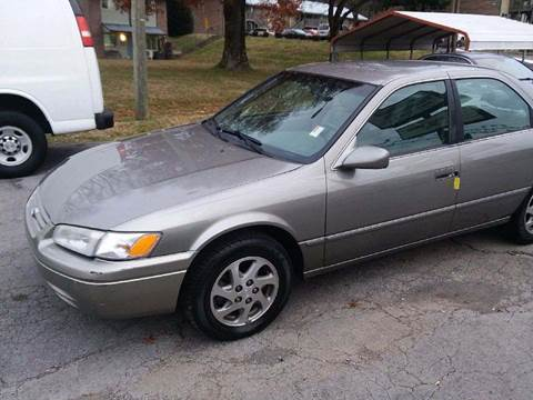1999 Toyota Camry for sale at Knoxville Wholesale in Knoxville TN