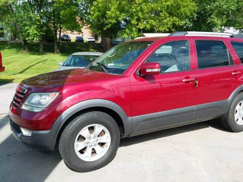 2009 Kia Borrego for sale at Knoxville Wholesale in Knoxville TN