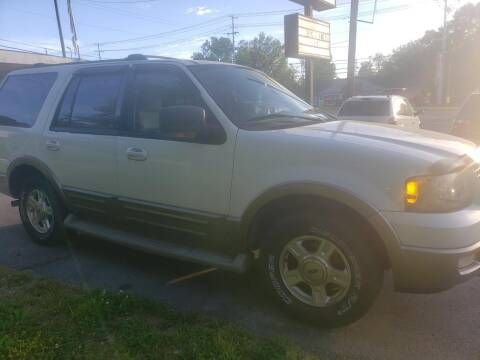 2003 Ford Expedition for sale at Knoxville Wholesale in Knoxville TN