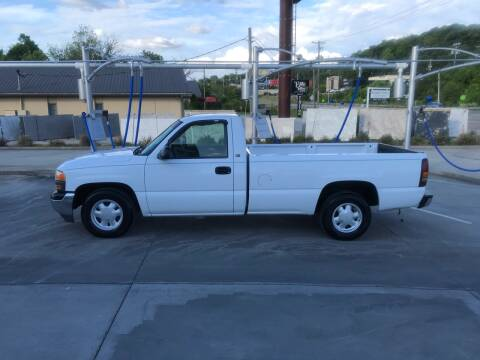 2000 GMC Sierra 1500 for sale at Knoxville Wholesale in Knoxville TN
