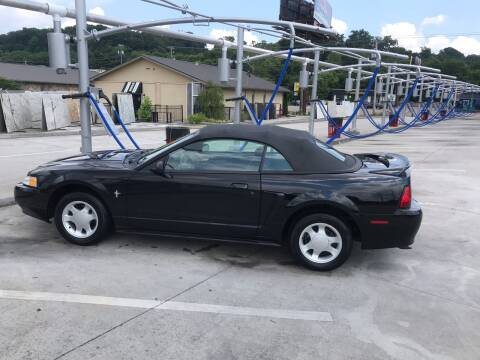2000 Ford Mustang for sale at Knoxville Wholesale in Knoxville TN