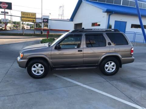 2002 Nissan Pathfinder for sale at Knoxville Wholesale in Knoxville TN