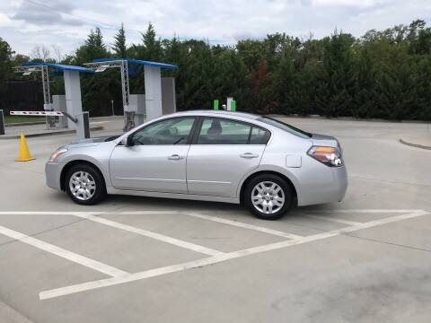 2012 Nissan Altima for sale at Knoxville Wholesale in Knoxville TN