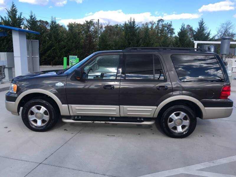 2006 Ford Expedition for sale at Knoxville Wholesale in Knoxville TN