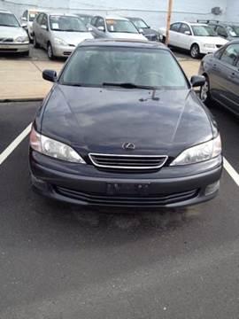 2000 Lexus ES 300 for sale at K J AUTO SALES in Philadelphia PA