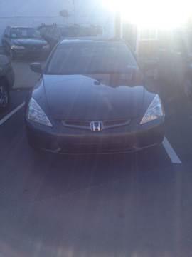 2004 Honda Accord for sale at K J AUTO SALES in Philadelphia PA