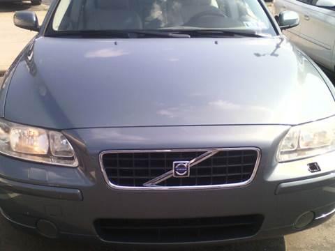 2005 Volvo S60 for sale at K J AUTO SALES in Philadelphia PA