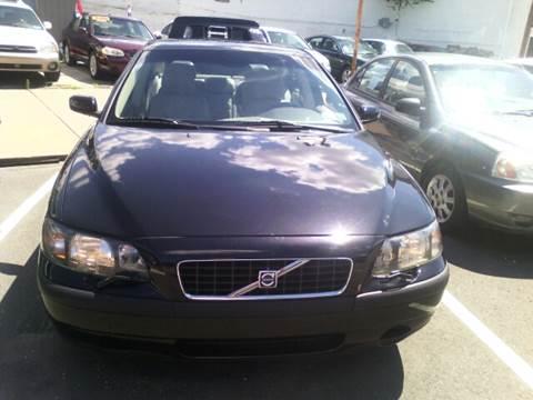 2004 Volvo S60 for sale at K J AUTO SALES in Philadelphia PA