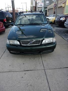 2000 Volvo V70 for sale at K J AUTO SALES in Philadelphia PA