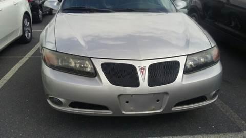 2005 Pontiac Bonneville for sale at K J AUTO SALES in Philadelphia PA