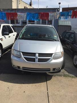 2005 Dodge Grand Caravan for sale at K J AUTO SALES in Philadelphia PA