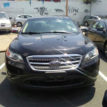 2010 Ford Taurus for sale at K J AUTO SALES in Philadelphia PA