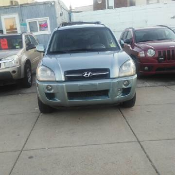 2006 Hyundai Tucson for sale at K J AUTO SALES in Philadelphia PA
