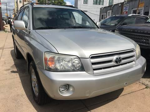 2004 Toyota Highlander for sale at K J AUTO SALES in Philadelphia PA