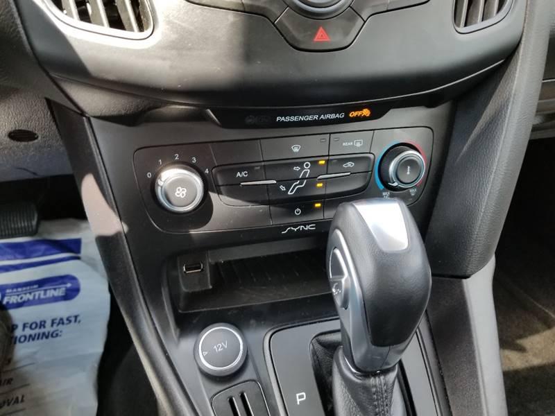 2016 Ford Focus SE 4dr Hatchback - Muskego WI