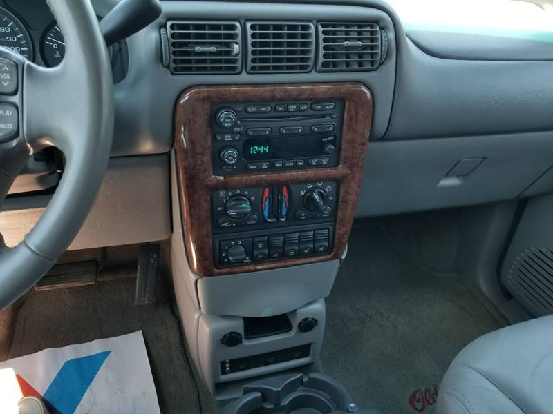 2004 Oldsmobile Silhouette Premiere 4dr Extended Mini-Van - Muskego WI