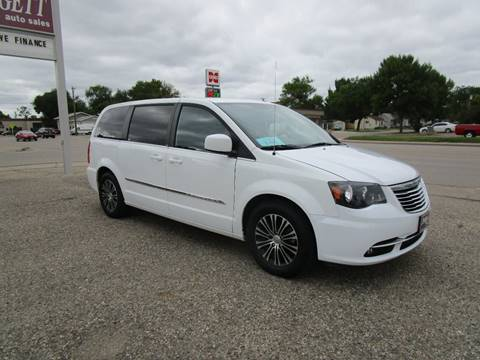 2014 Chrysler Town and Country for sale in Aberdeen, SD