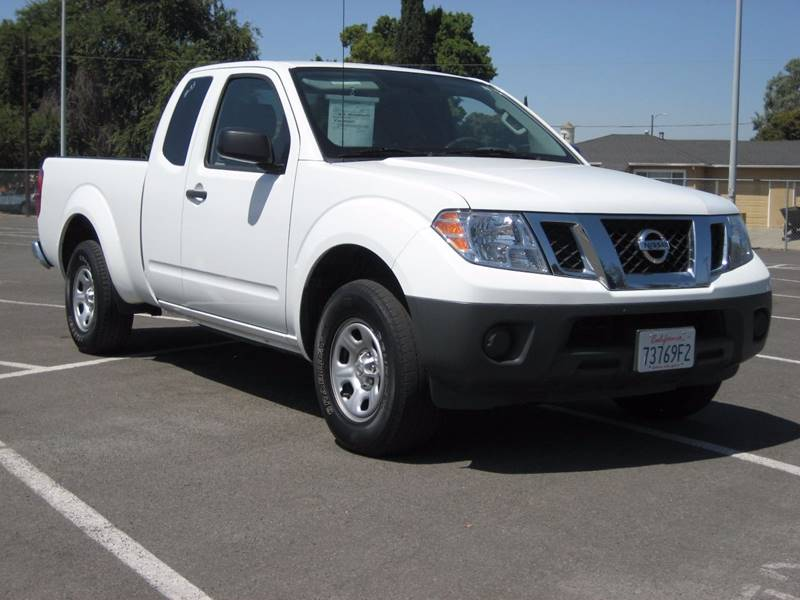 2015 NISSAN FRONTIER S 4X2 4DR KING CAB 61 FT SB PI off white 2015 nissan frontier king cab s p