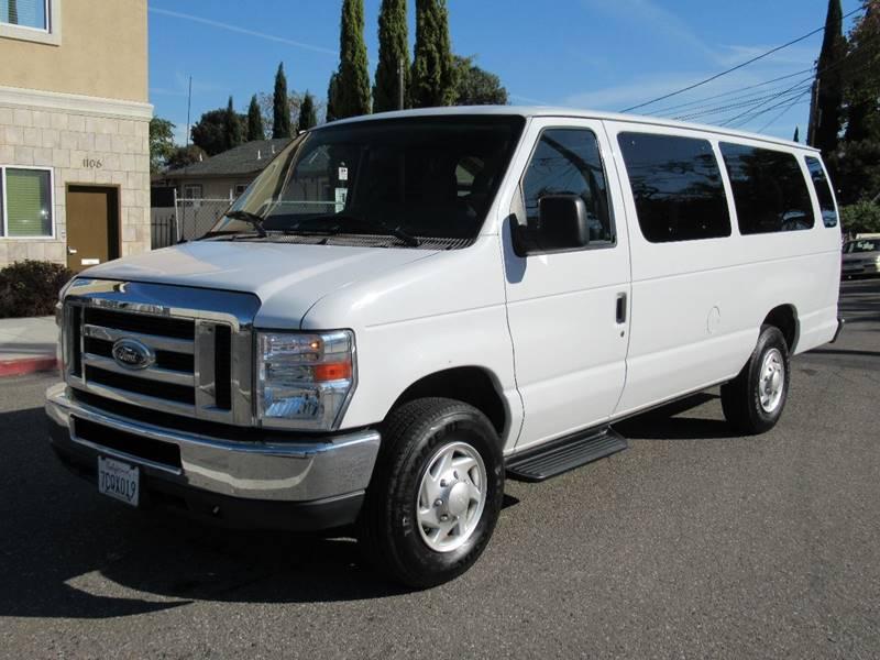 2013 FORD E-350 XLT EXTENDED VAN white 2013 ford e350 super duty passenger xlt extended van 3d v8