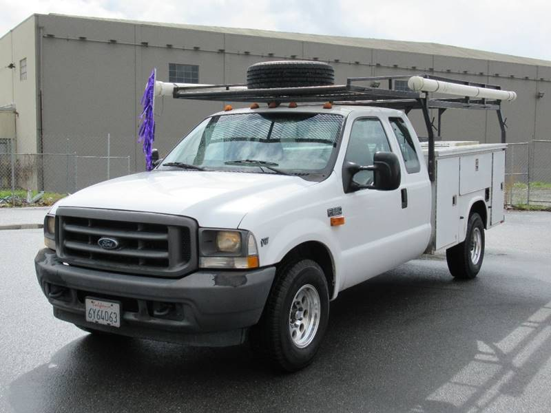 2002 FORD F-350 SUPER DUTY XL 4DR SUPERCAB 2WD LB white 2002 ford f350 super duty super cab long