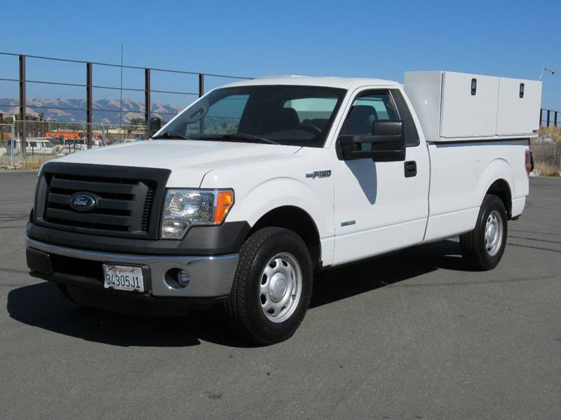 2012 FORD F-150 XL 4X2 2DR REGULAR CAB STYLESIDE white 2012 ford f150 regular cab xl pickup 2d 8