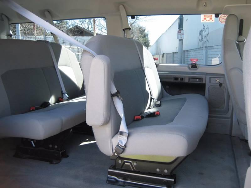 2014 Ford E-Series Wagon E-350 SD XLT 3dr Extended Passenger Van - San Jose CA