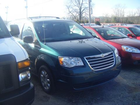 2009 Chrysler Town and Country for sale in Sheffield, MA