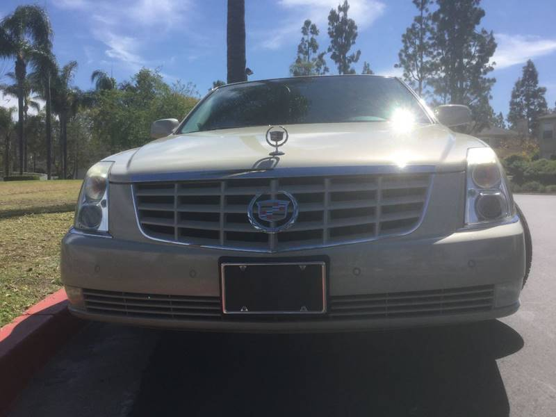 2011 Cadillac DTS Premium Collection 4dr Sedan - Chula Vista CA