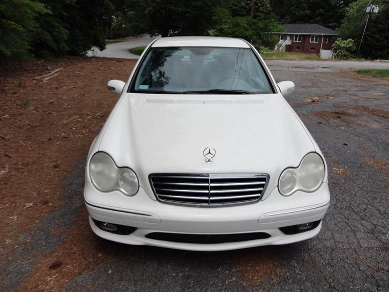 2006 Mercedes-Benz C-Class for sale at HAPPY TRAILS AUTO SALES LLC in Taylors SC