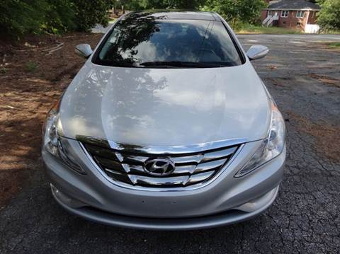 2013 Hyundai Sonata for sale at HAPPY TRAILS AUTO SALES LLC in Taylors SC
