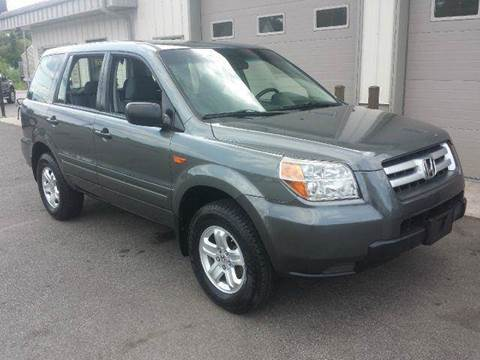 2007 Honda Pilot for sale at Route 106 Motors in East Bridgewater MA